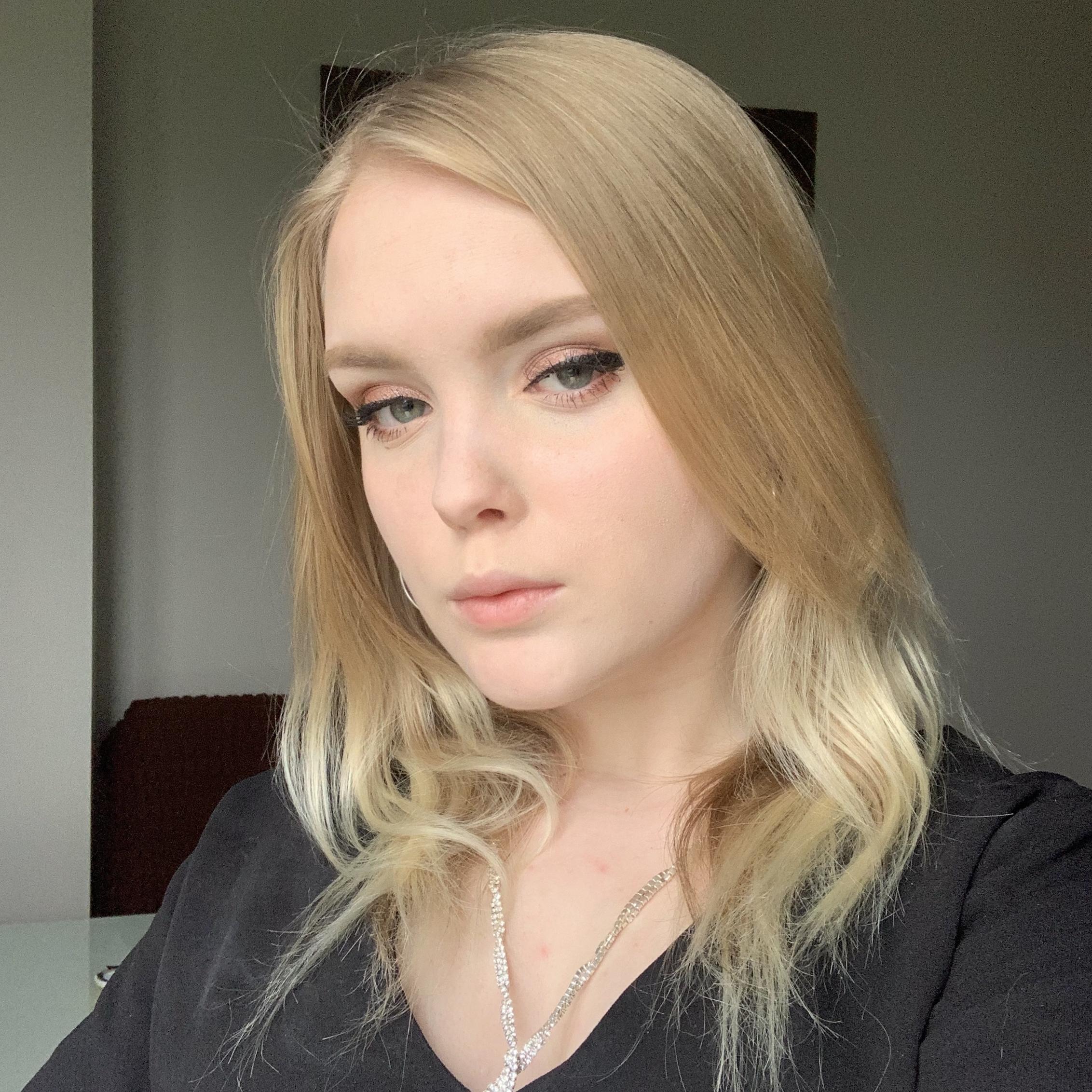 Фото Репетитора: Анастасия, 18 лет